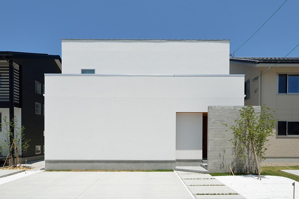 富山の注文住宅 四角い家
